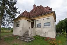 Klosterfelde Bei Wandlitz Sanierungsbed 252 Rftiges Efh In