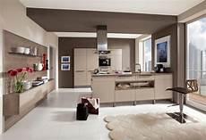 küche dunkler boden wei 223 e k 252 che dunkle arbeitsplatte heller boden k 252 che
