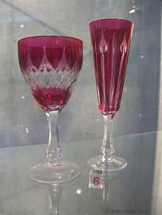 bicchieri cristallo di boemia bicchieri di cristallo composizione tovaglioli di carta