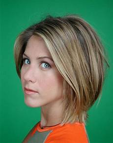 jennifer anniston layered haircuts jennifer aniston