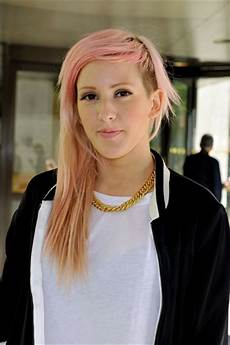 Ellie Goulding Hairstyle ellie goulding s half shaven hairstyle gets a light pink