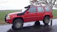 jeep grand 5 2 zj 2 lifted 31x10 50r15lt sun