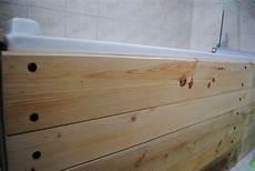 tablier de baignoire bois d 233 co un tablier de baignoire en bois brut a