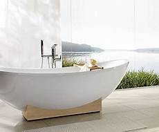 freistehende badewanne an die wand stellen freistehende badewannen villeroy boch