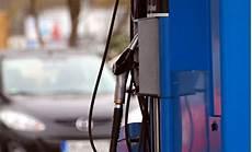 Indirekte F 246 Rderung Des Diesel Weniger Steuern An Der