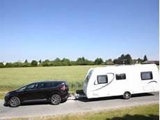 tracter une caravane sans permis e le peugeot 308 sw bonne solution pour tracter une