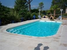 amenagement piscine coque amenagement piscine comment am 233 nager une piscine