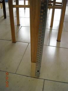 r 233 hausse en bois pos 233 e sous le pied de table 11 cm