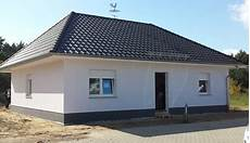 bungalow mit dachausbau individuell geplanter bungalow bungalows in roth massivhaus