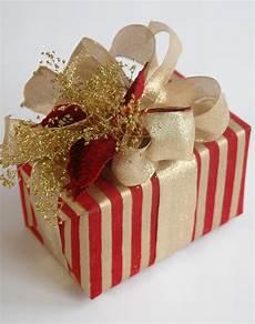 Geschenke Verpacken Weihnachten - corner easy gift wrapping ideas corner
