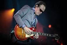 guitarist joe bonamassa joe bonamassa tours the uk