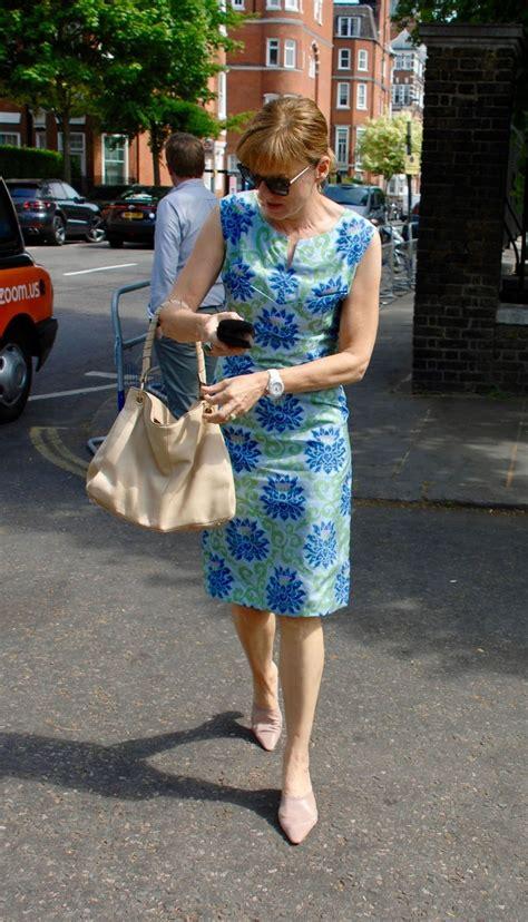 Fiona Bruce Clothes