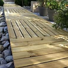 dalle bois terrasse pas cher dalles bois terrasse 1mx1m