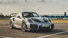 gt 2 rs porsche 911 gt2 rs 2017 review car magazine