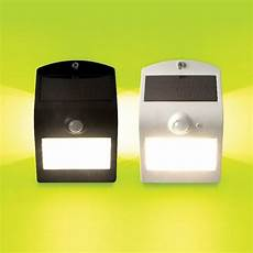 luceco ip44 solar guardian outdoor wall light with pir