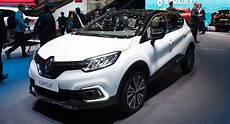 2017 Renault Captur Goes The Knife Gets New