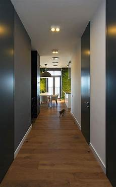 accent green walls for a stylish apartment
