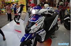 Variasi Motor Mio J by Modifikasi Motor Yamaha Mio J Dengan Menggunakan Stiker