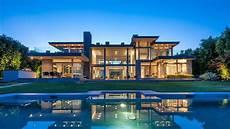 a modern architectural masterpiece in extraordinary pacific palisades architectural masterpiece