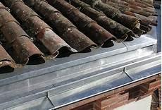 pose d un cheneau en zinc zinguerie gouttiere zinc toiture 79 deux s 232 vres 85 vend 233 e