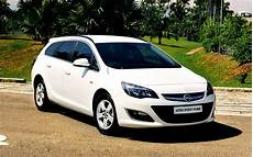 opel astra sports tourer gebraucht opel astra sports tourer is more sensible than the