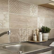 carrelage mur cuisine moderne faience mur marron sequoia l 20 x l 60 cm carrelage