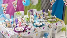 décoration table anniversaire adulte idee deco table anniversaire adulte
