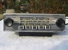 car radio traduction philips n4w21t 82 classic car radio circa 1960 catawiki