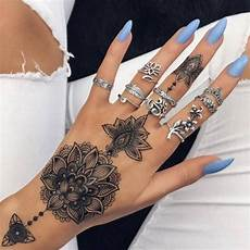 tatouage henné permanent 60 simple henna designs to try at least once