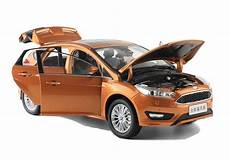 Ford Focus 2015 1 18 Scale Diecast Model Car Wholesale