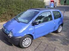 Renault Twingo Faltdach Hellblau Panoramadach Tolle