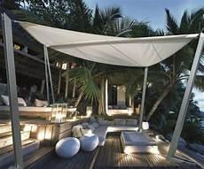 sichtschutz terrasse freistehend moderne terrassen 252 berdachung ideen freistehend sonnensegel holz terrasse in 2019 220 berdachung