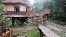 Rumah Pohon Taman Safari Lodge Akomodasi Unik Di Puncak Bogor
