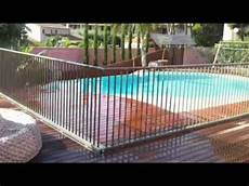 Barrière De Piscine Escamotable Barri 232 Re De S 233 Curit 233 Piscine Escamotable Up