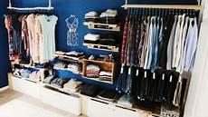 begehbarer kleiderschrank oder regalsystem closet