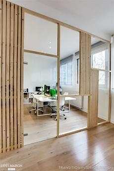 separation de bureau en verre un verri 232 re en bois en guise de s 233 paration pour ce bureau
