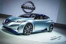 nissan autonomous car 2020 renault nissan confirms 10 plus autonomous by 2020