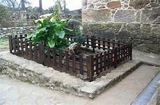 Ideas For Wood Pallet Fences Pallet Wood Projects