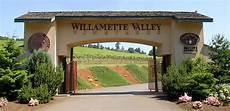 willamette valley heelers willamette valley vineyards whole cluster pinot noir 2017