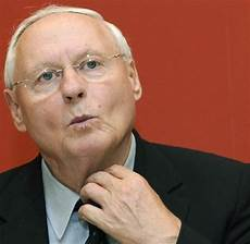 Linkspartei Oskar Lafontaine Fordert Quot Million 228 Rssteuer