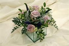 Tischdeko Mit Blumen - elegante tischdeko mit blumen kleine tischgestecke