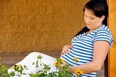 Salbei In Der Schwangerschaft Das Sollten Sie Beachten