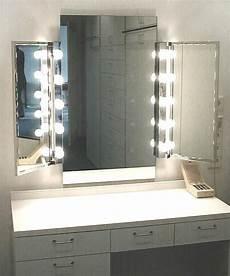 schminktisch spiegel beleuchtet wo finde ich einen schminktisch mit sch 246 nen spiegel und
