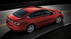 how does cars work 2013 nissan altima lane departure warning hands on 2013 nissan altima sets a new benchmark in affordable auto tech extremetech