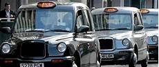 Le Fabricant Des Taxis Londoniens En Proie Aux Difficult 233 S