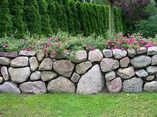 feldsteinmauer selber bauen natursteinmauer landschaftsbau nord