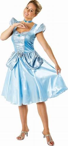 idée déguisement disney adulte d 233 guisement cendrillon adulte femme princesses disney deguizeo