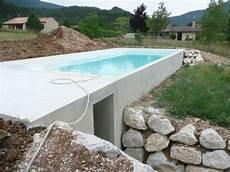 piscine sur terrain en pente construire une piscine sur un terrain en pente crest 26400