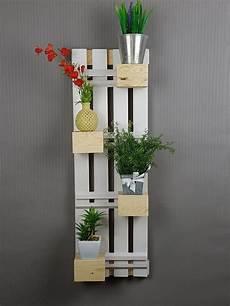 dekoartikel für die wohnung blockregal wohnzimmer dekorieren wohnzimmer regal und regal