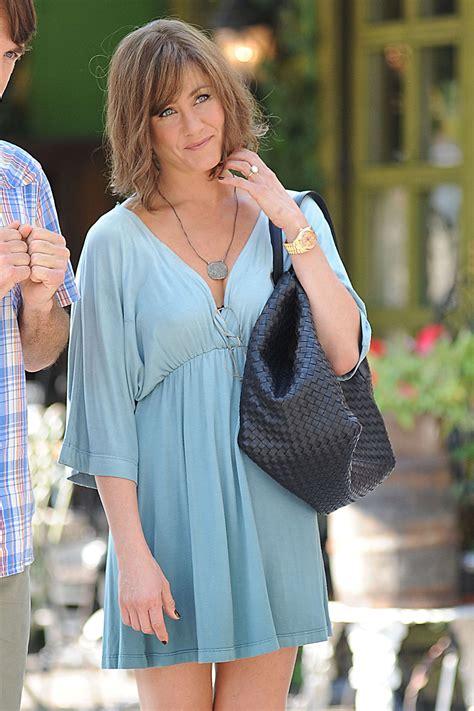 Aniston Gravid